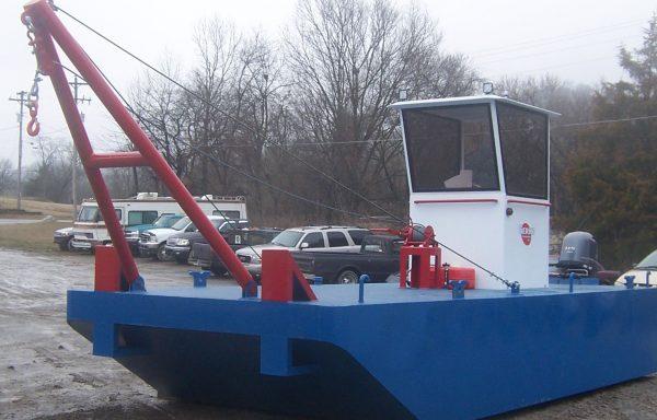 BT931: 8'x20'x3′ workboat